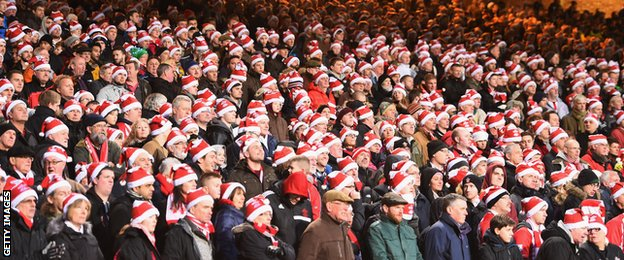 Boxing Day football fans via © Getty Images